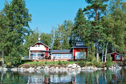 rent a lake schweden fans k nnen bei e domizil ein ferienhaus mit privatem see mieten. Black Bedroom Furniture Sets. Home Design Ideas